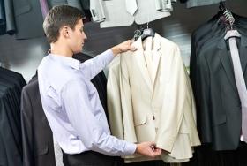 Как выбрать мужской костюм для выпускного