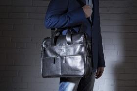 Советы при покупке мужской сумки