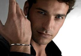 Мужской браслет на руку и его привлекательность